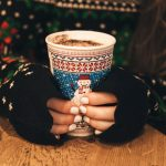 Holiday Marketing Trends & Ideas to Improve Your Social Media Game in 2017
