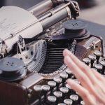 5 Ways to Make Your Brand Story Irresistible [Examples to Learn From]