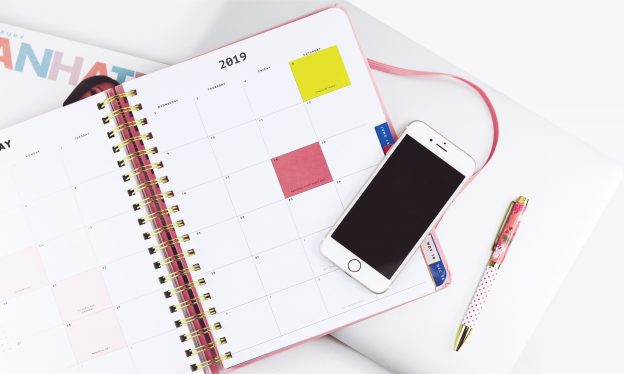 0a5792b0d The Ultimate 2019 Ecommerce Holiday Marketing Calendar | Blog - Printful